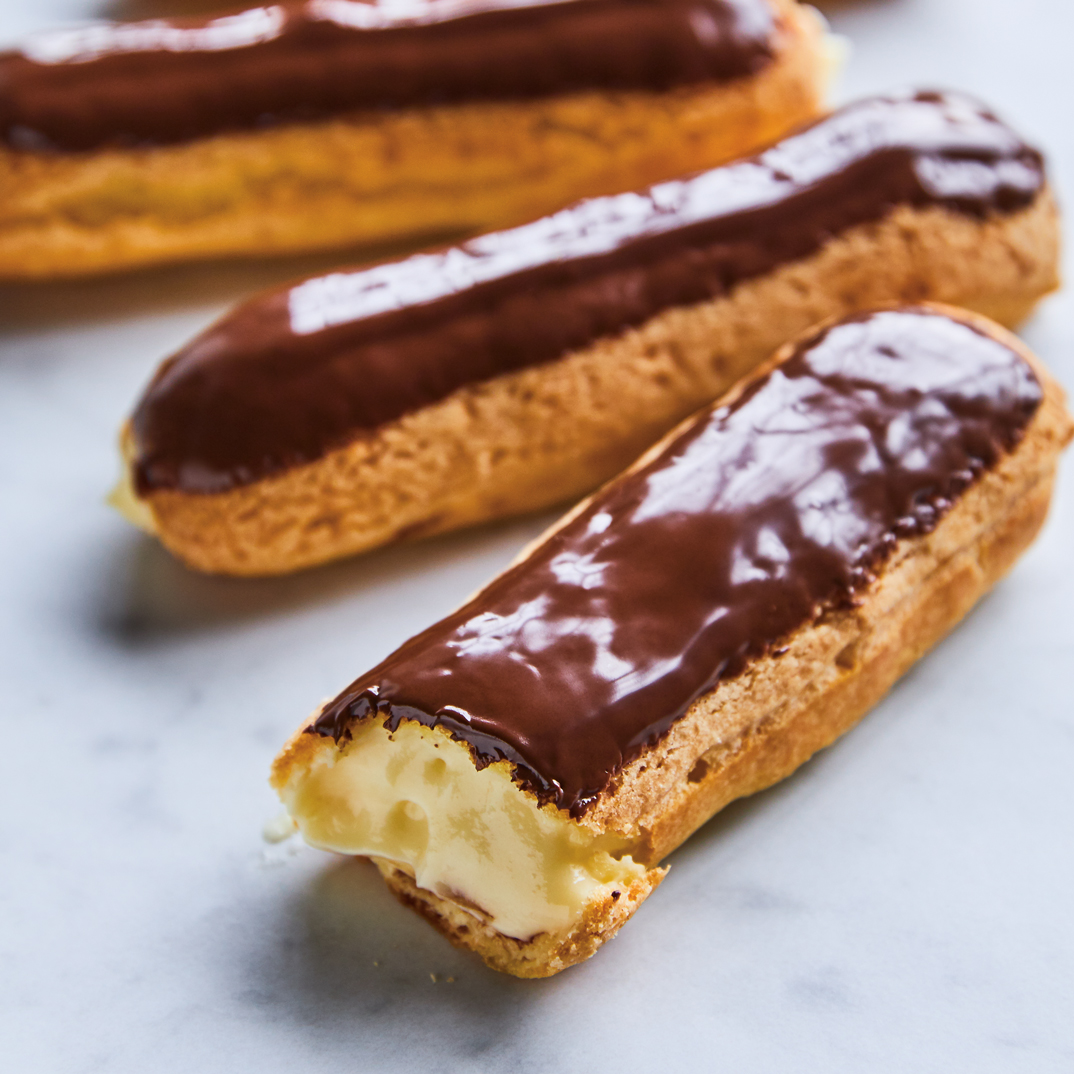 Chocolate Éclairs (The Best)