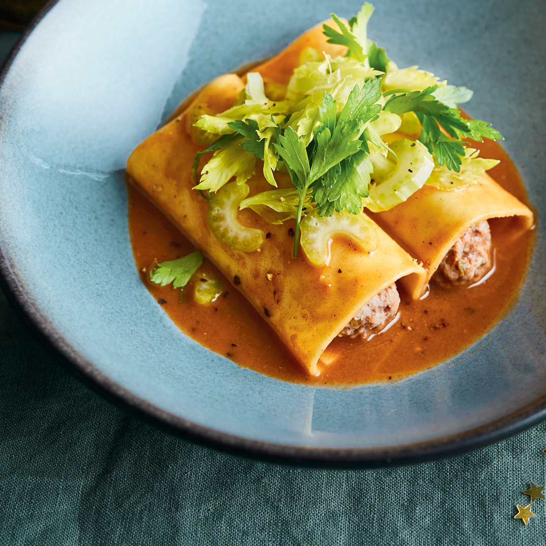 Meat-Stuffed Cannelloni with Holiday Spices