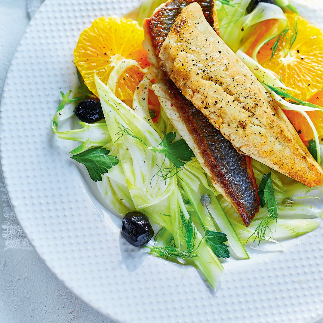 Seared Fish with Orange Fennel Salad