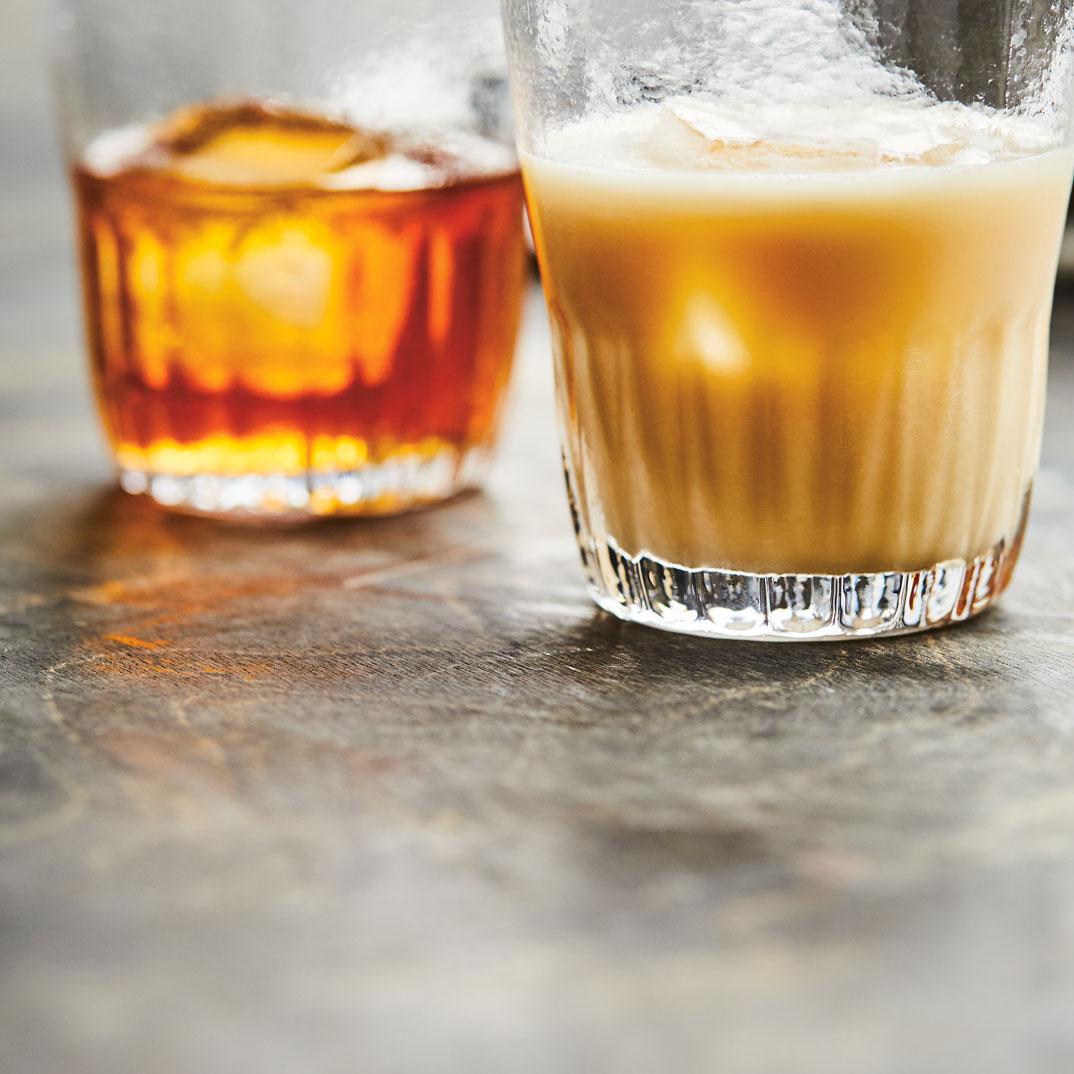 Homemade Coffee Liqueur (Tia Maria)