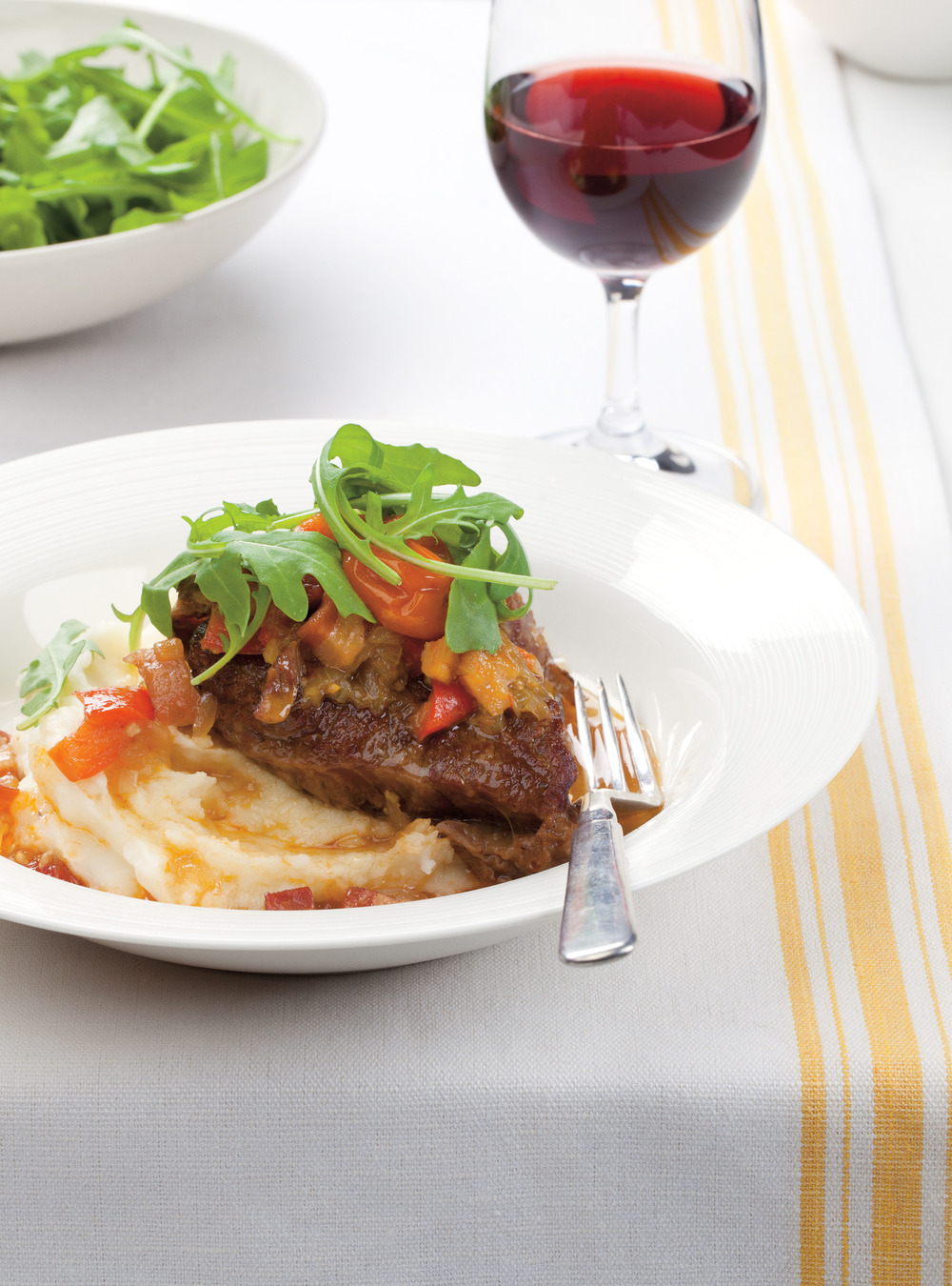 Braised Beef with Bell Peppers and Cherry Tomatoes | Ricardo