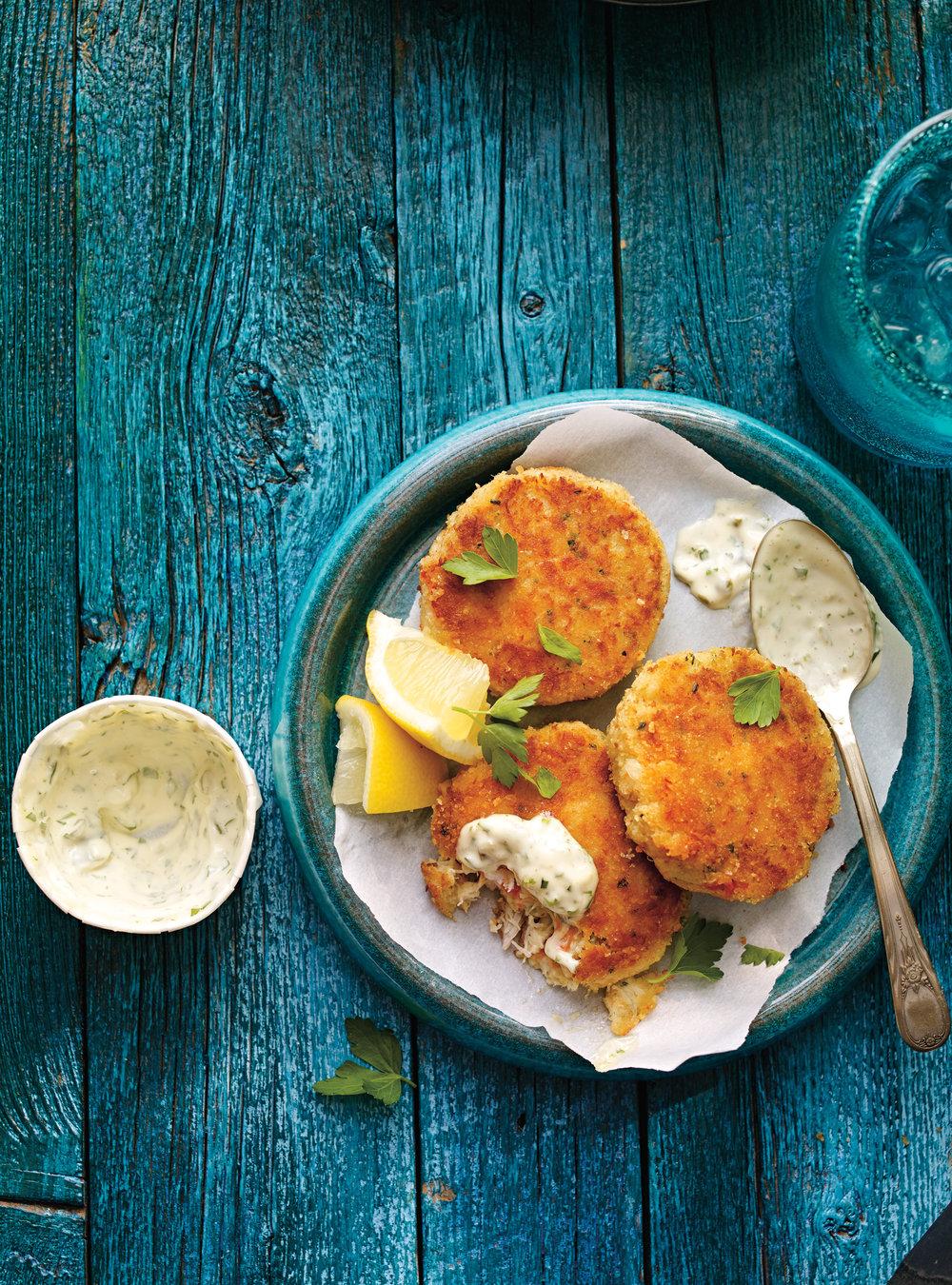 Crab cakes les meilleurs ricardo for Articles de cuisine de ricardo