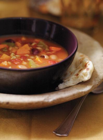 Photo Soupe-repas aux légumineuses et au curcuma