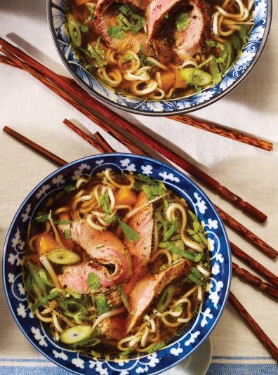 Photo Soupe aux nouilles ramen et au boeuf