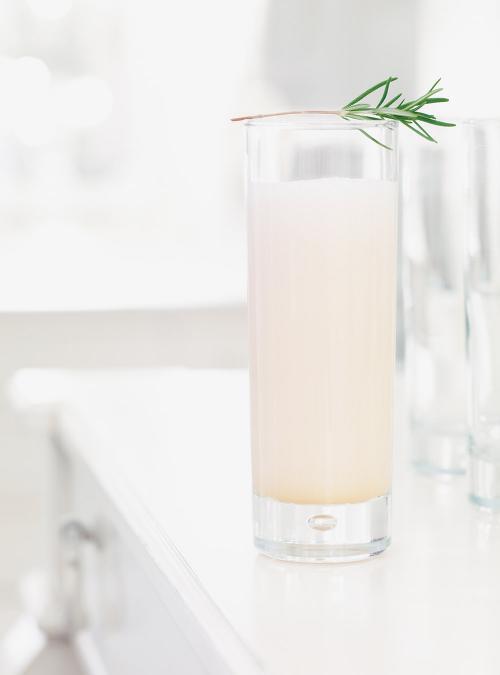 Cocktail au rhum blanc et aupamplemousse