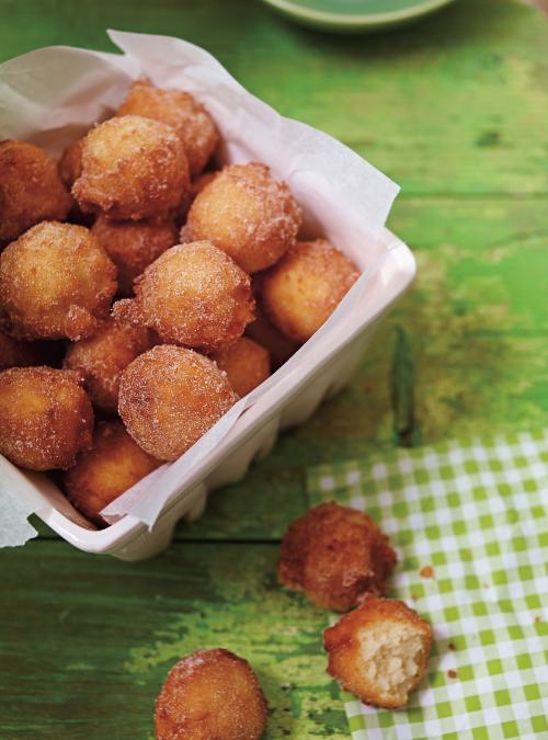 Beignets Aux Pommes Ricardo