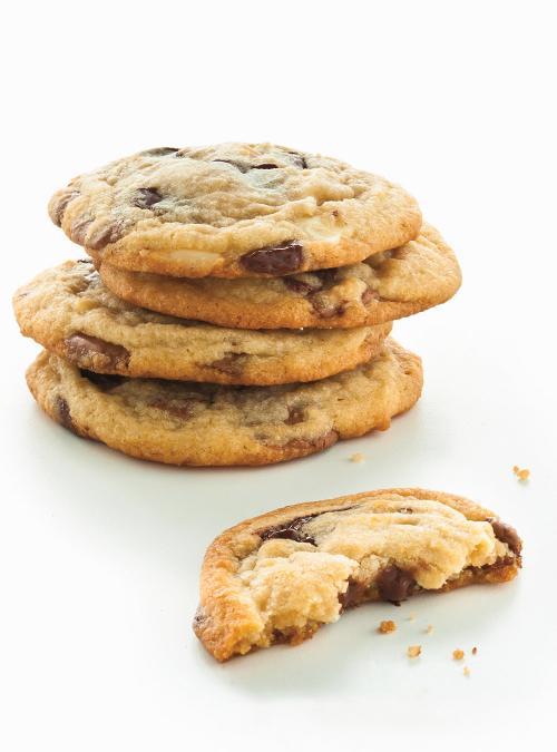 biscuits tendres aux trois chocolats ricardo. Black Bedroom Furniture Sets. Home Design Ideas