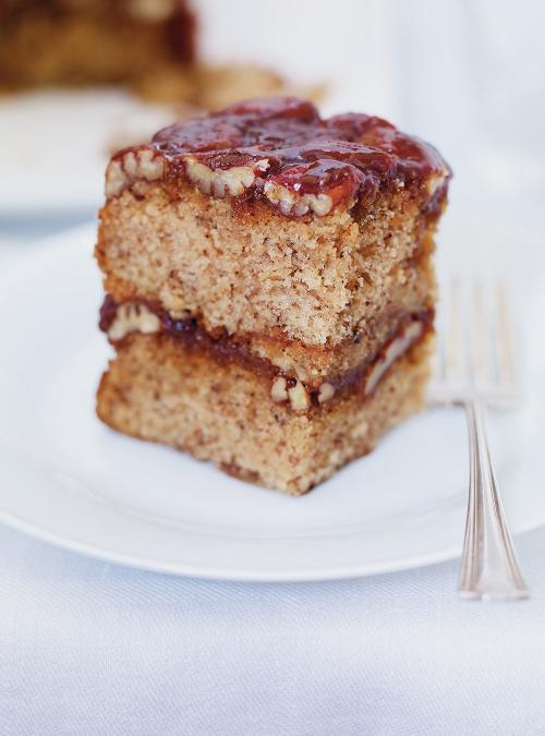 Gâteau renversé aux pacanes et au caramel butterscotch