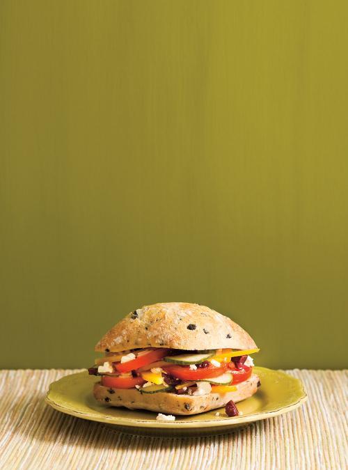 Sandwich à la salade grecque