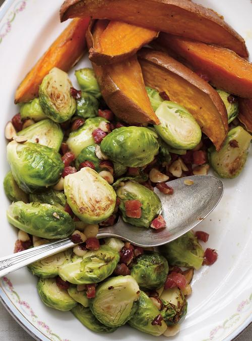 Sautéed Brussels Sprouts with Pancetta and Hazelnuts | Ricardo