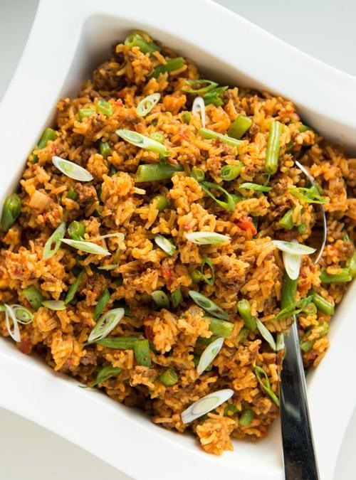 Casserole de riz au boeuf et aux tomates