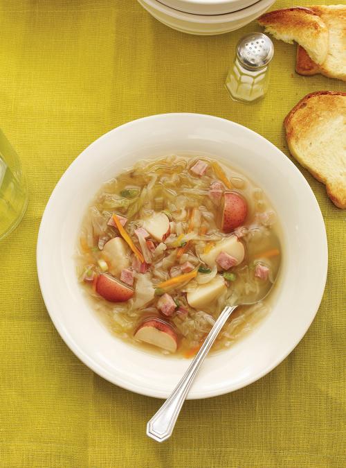 Soupe au chou et au jambon