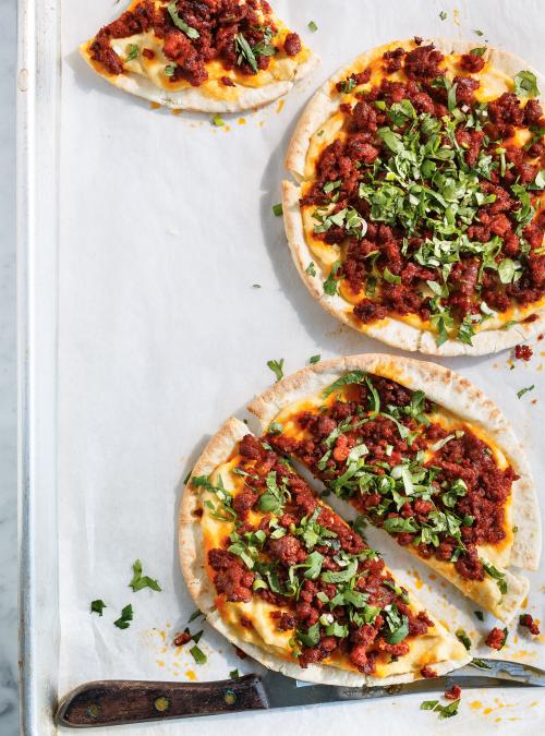 Pizza merguez et hummus