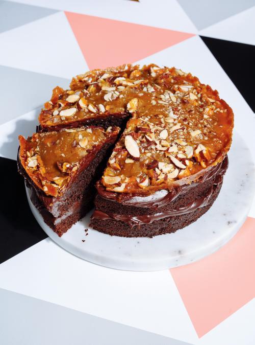 Gateau Au Chocolat Sucre Sale Et Croquant Aux Amandes Ricardo