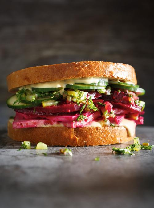 Beet and Tofu Deli Sandwich | Ricardo