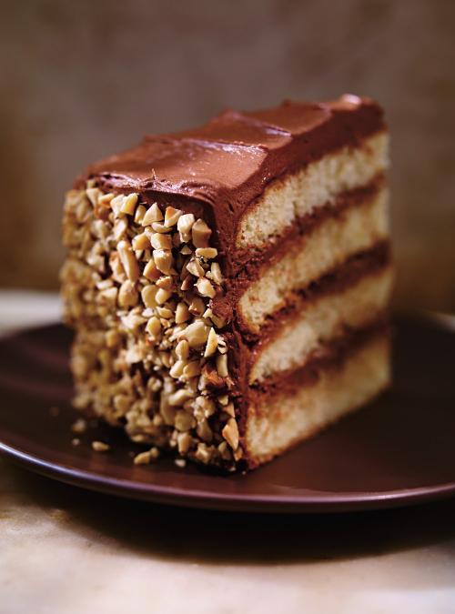 Gâteau aux noisettes, à l'orange et au chocolat