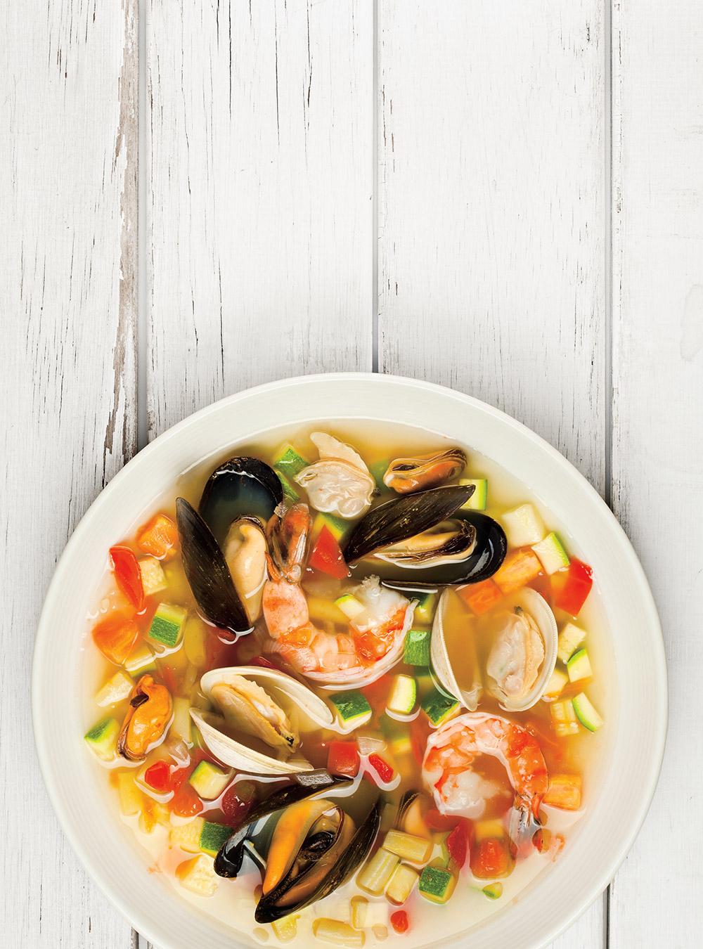 Minestrone d 39 t aux fruits de mer ricardo - Ricardo cuisine mijoteuse ...