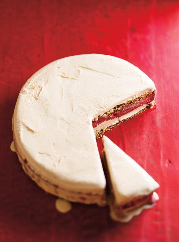 Photo Gâteau glacé à la pistache et aux framboises