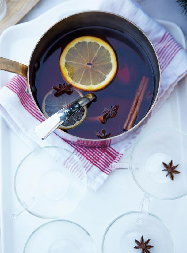 Photo Mulled Spiced Cranberry Juice