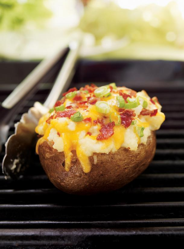 Photo Fully-Loaded Baked Potatoes (The Best)