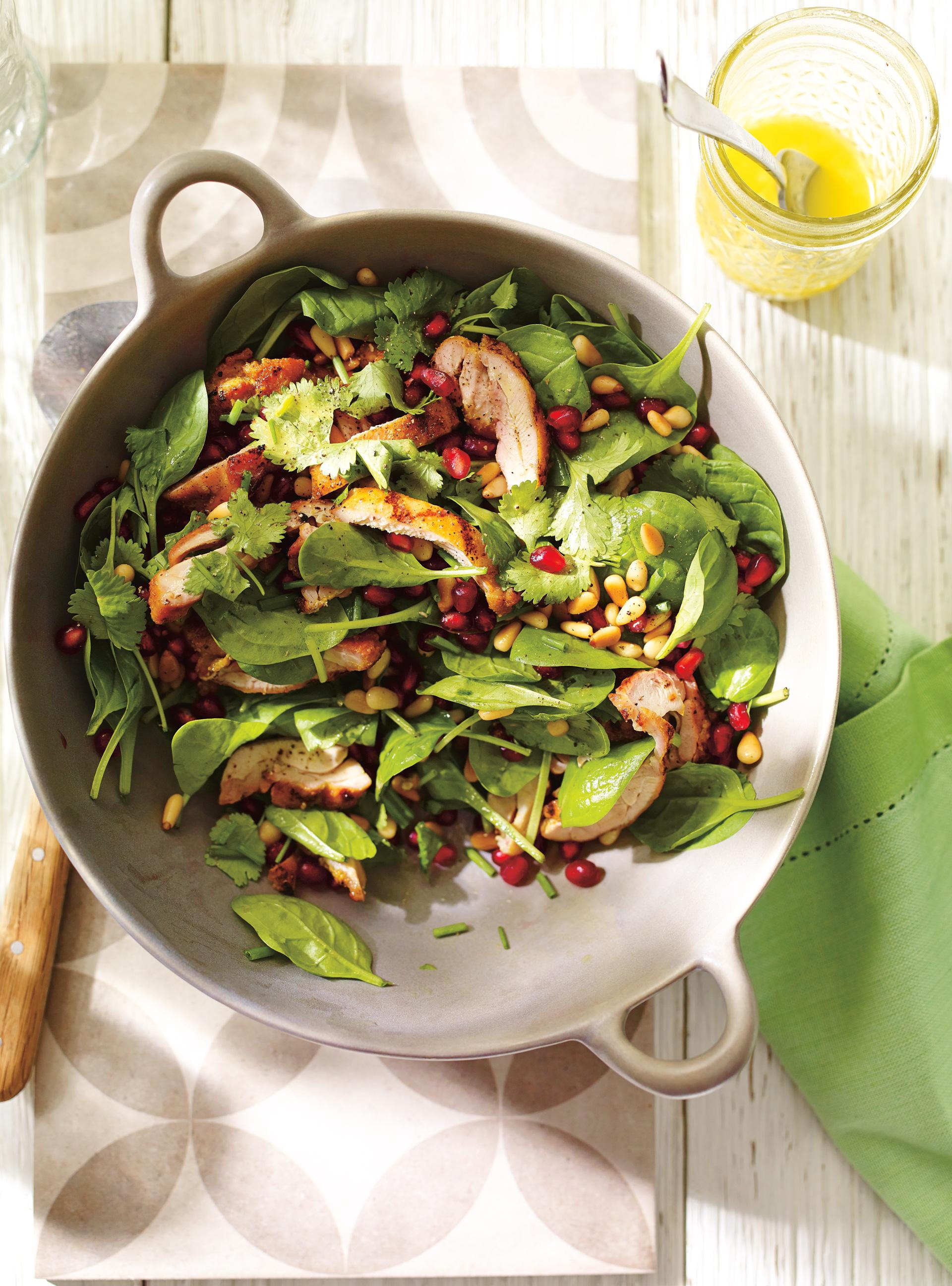 Salade d pinards et de poulet grill la grenade et aux - Accompagnement sardines grillees barbecue ...