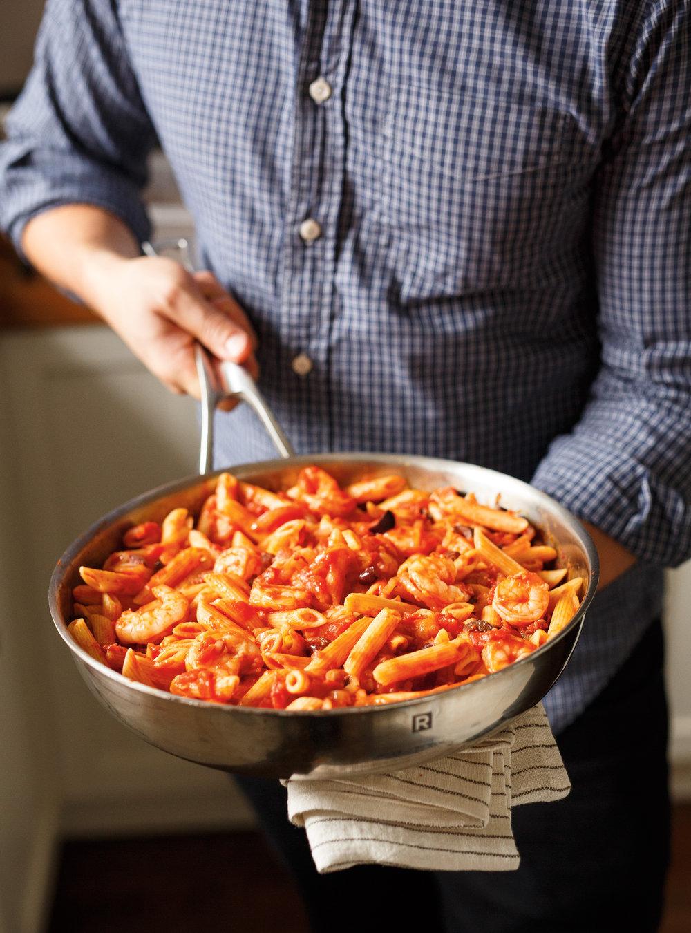 P tes aux crevettes et aux olives ricardo for Article de cuisine ricardo