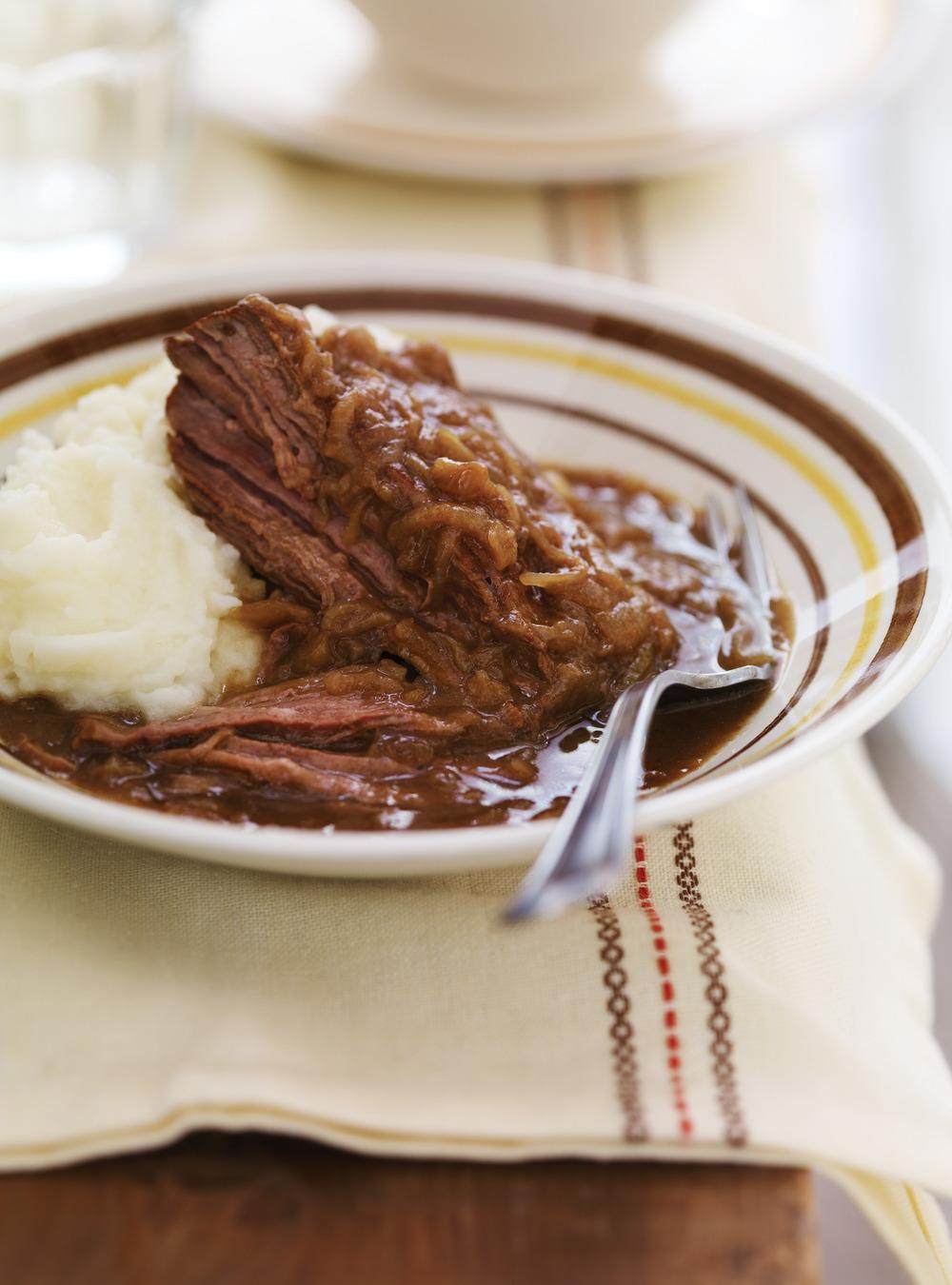 Carbonade flamande stew ricardo - Ricardo cuisine mijoteuse ...