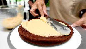 Gâteau au chocolat et crème au beurre au caramel (gâteau des fans)
