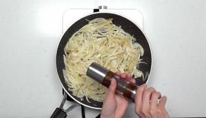 Gemellis à la sauce tomate, aux haricots blancs, au fenouil et aux saucisses