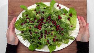 Salade verte, vinaigrette au miel et aux épices