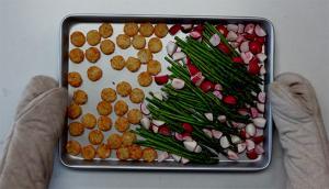 Plaque de pommes de terres, légumes et jambon