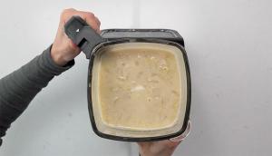 Potage de pommes de terre à l'oignon gratiné