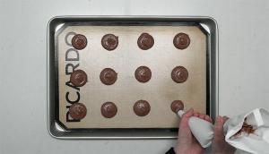 Macarons aux épices et au chocolat