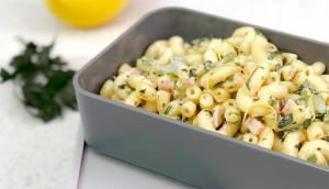 Salade de macaronis froids jambon-moutarde