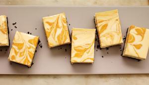 Pumpkin-Swirled Cheesecake Squares