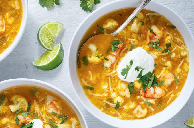 Soupe aux lentilles, chou-fleur et crevettes