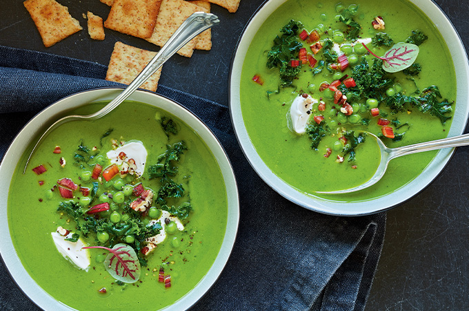 Potage aux légumes verts vide-frigo