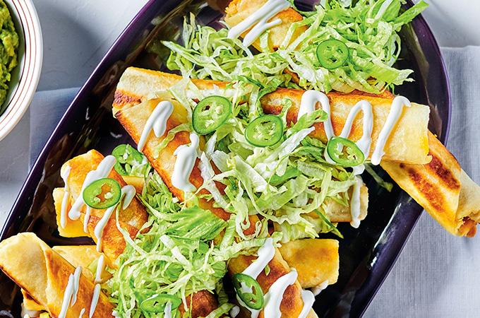 Tortillas farcies au poulet (taquitos)