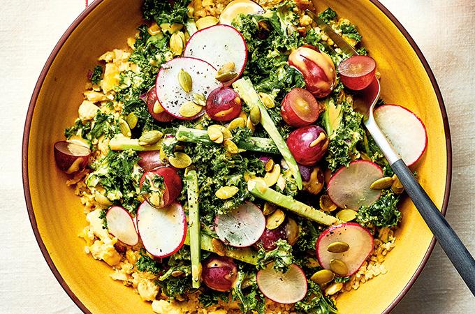 Quinoa au tofu et salade de kale
