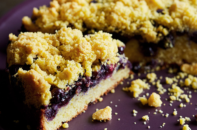 Cornmeal coffee cake with blueberries