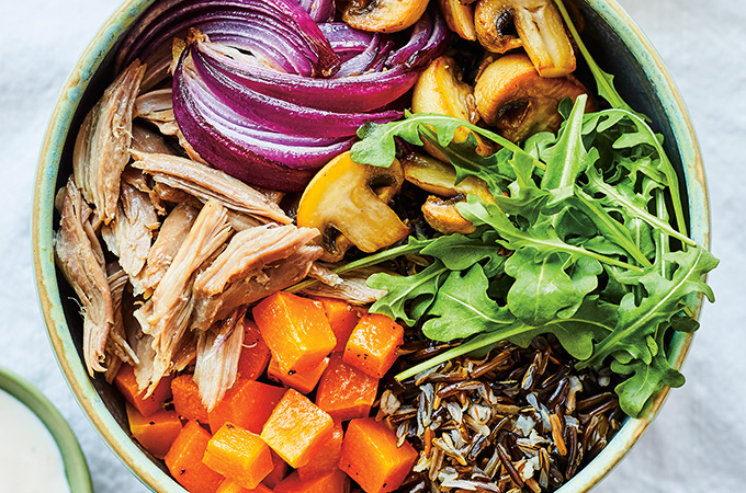 Bol-repas au riz brun, lentilles, carottes et raisins