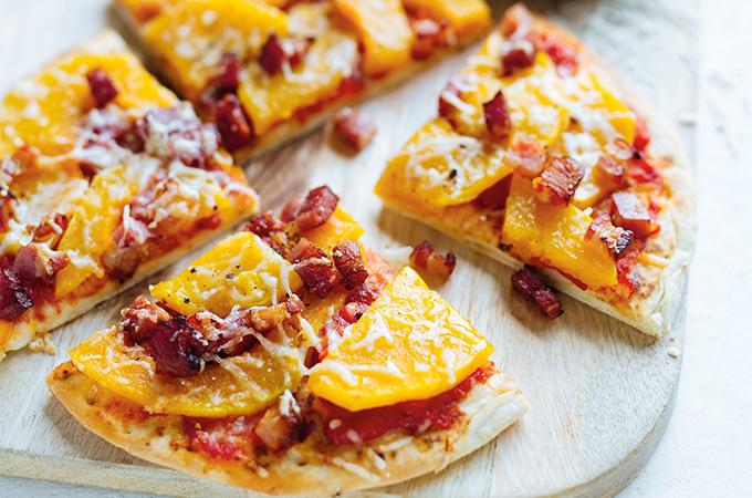 Pizza-pita à la courge et au bacon