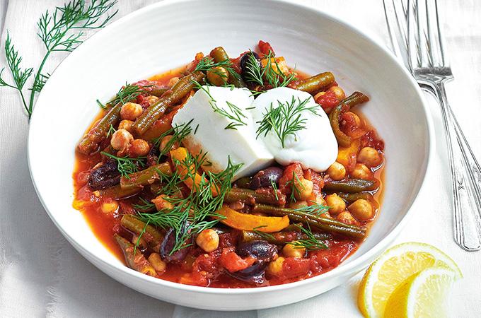 Tofu mou soyeux et légumes confits à la tomate