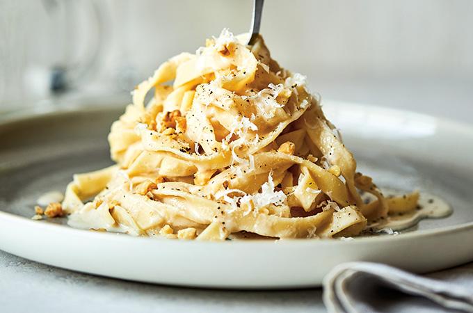 Tagliatelles à la crème de noix de Grenoble